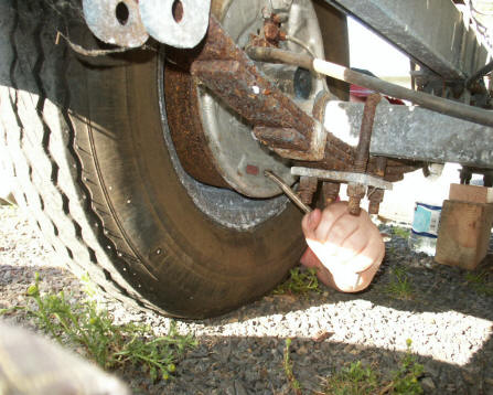 how to work out axle length with brakes on trailer